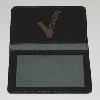 leren pashouder beveiliging security embleem V (voor nieuwe pas)