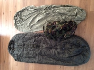 Slaapzak uit het leger M 90 gebruikt door defensie