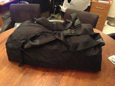 Weekendtas leger 90 liter nieuwe model met rugzakbanden gebruikt kleur zwart