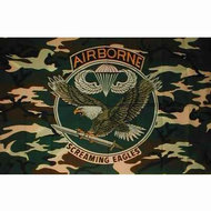 Camouflage vlag met adelaar airborne