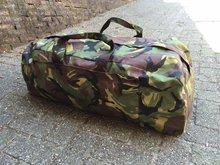 Weekend tas leger camouflage 90 liter nieuwe model met rugzakbanden gebruikt